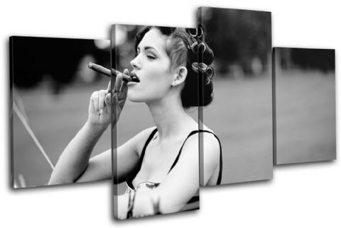 Woman  Cigar B & W Vintage - 13-0306(00B)-MP04-LO